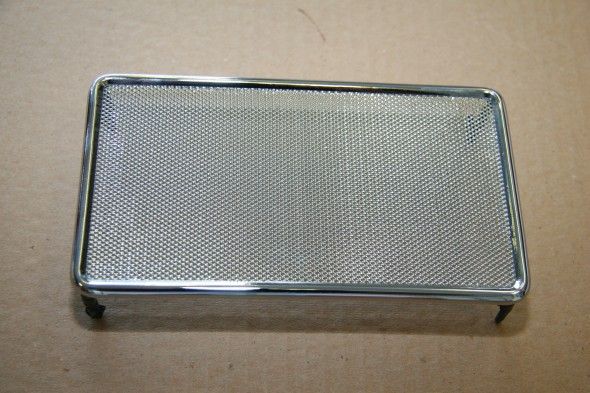Grill Assembly in Front Finisher Panel New Chrome