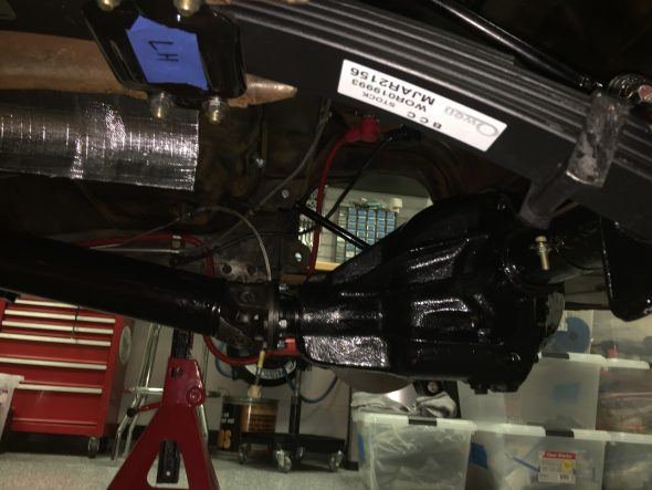 Propshaft Fastened to Rear Differential